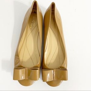 Kate Spade camel patent leather bow flats